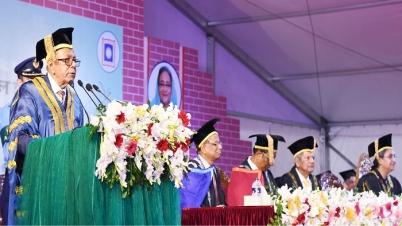 পদ-পদবির লোভে লবিংয়ে ব্যস্ত বিশ্ববিদ্যালয় শিক্ষকরা : রাষ্ট্রপতি