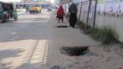 ঢাকার চকচকে রাস্তায় হঠাৎ গর্ত, বাড়ছে দুর্ঘটনার ঝুঁকি