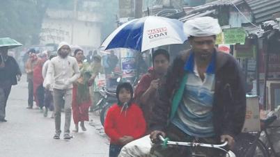রাজধানীতে হঠাৎ বৃষ্টি: শীতের তীব্রতা বৃদ্ধি